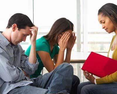 مراجعه به مشاور جهت رفع مشکلات خیانت همسر